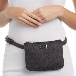 Handbags - Michael Kors brown Fannypack belt size M